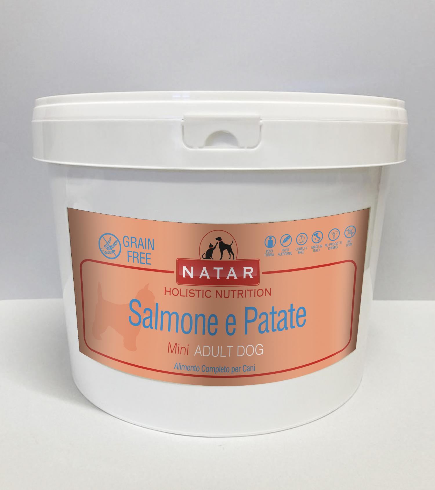 Cibo olistico per cani adulti a base di Salmone e Patate con crocchette specifiche per cani di piccola taglia
