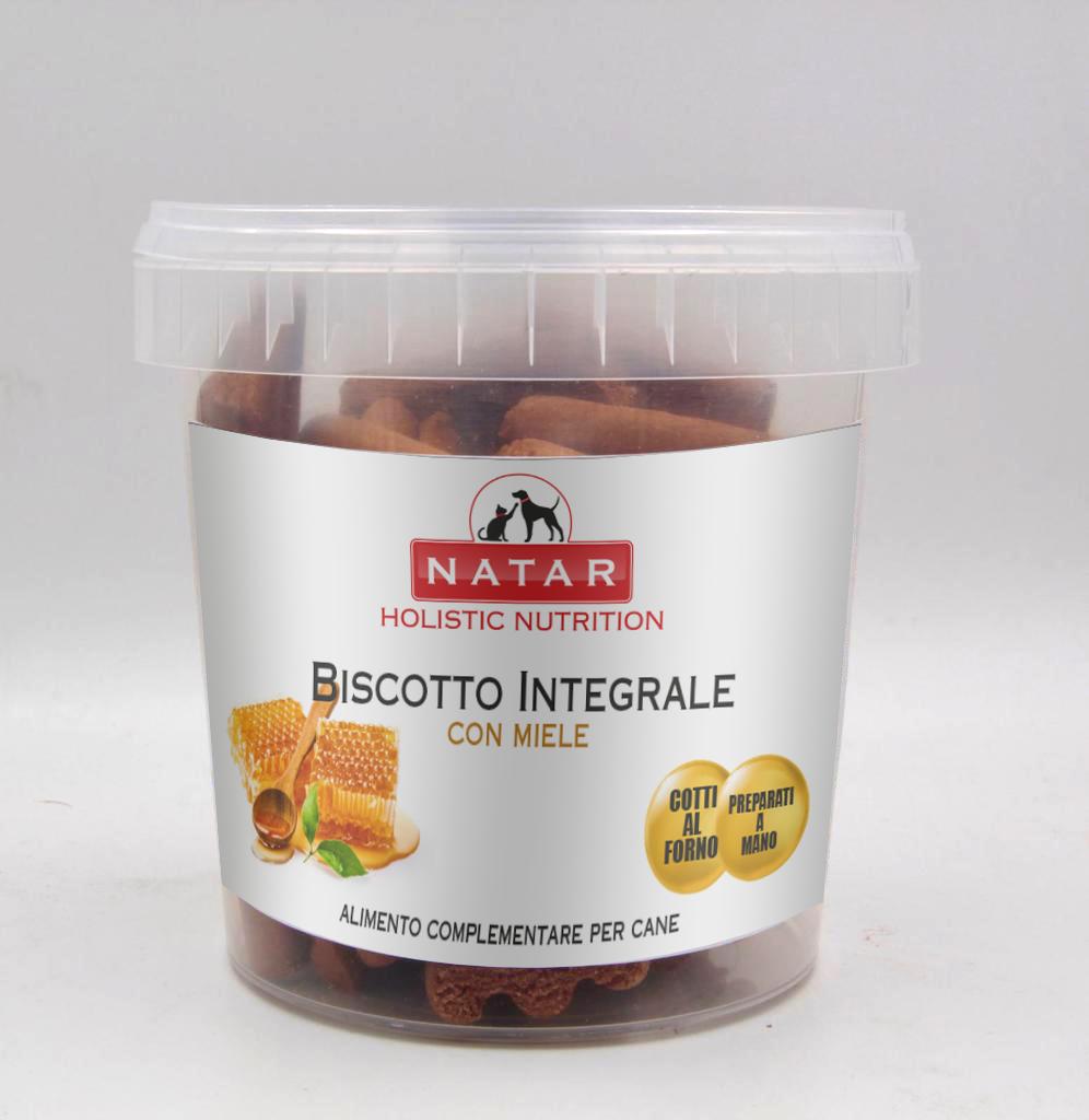 Biscotto integrale per cani cotto al forno preparato a mano con miele. Alimento complementare per cani.